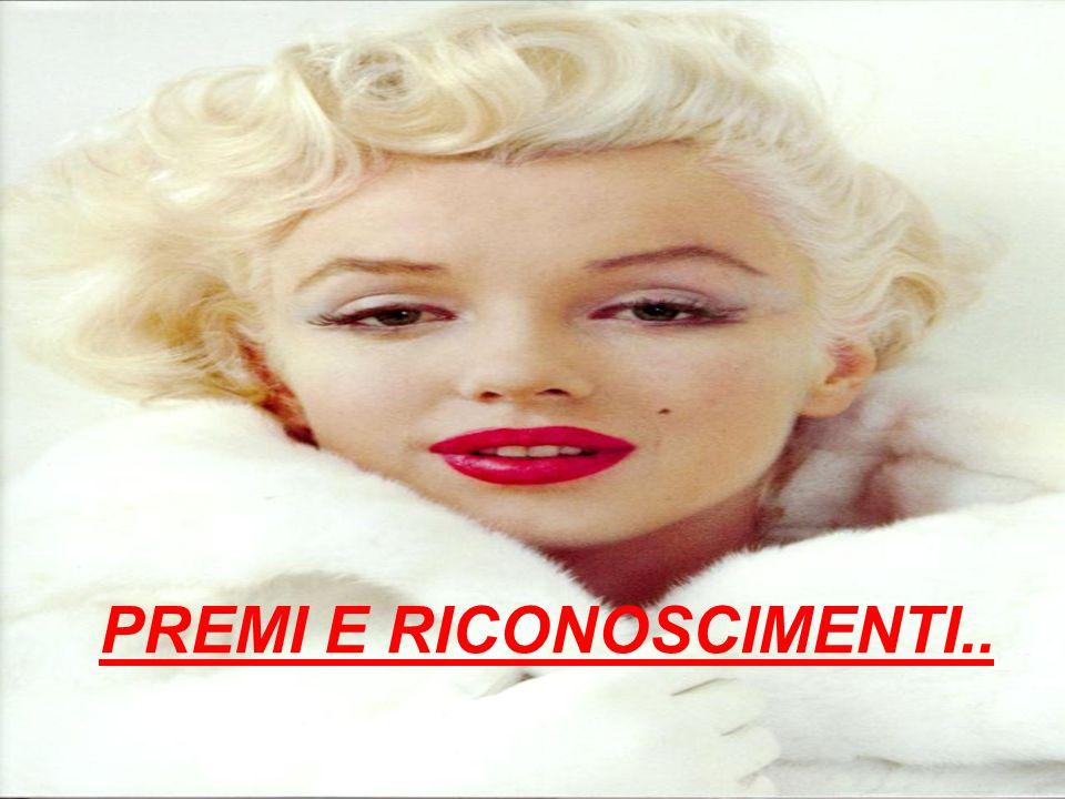 LA MORTE E I FUNERALI.. Era il 5 agosto quando Marilyn Monroe fu ritrovata morta nella camera da letto della sua villa a Los Angeles alletà di 36 anni