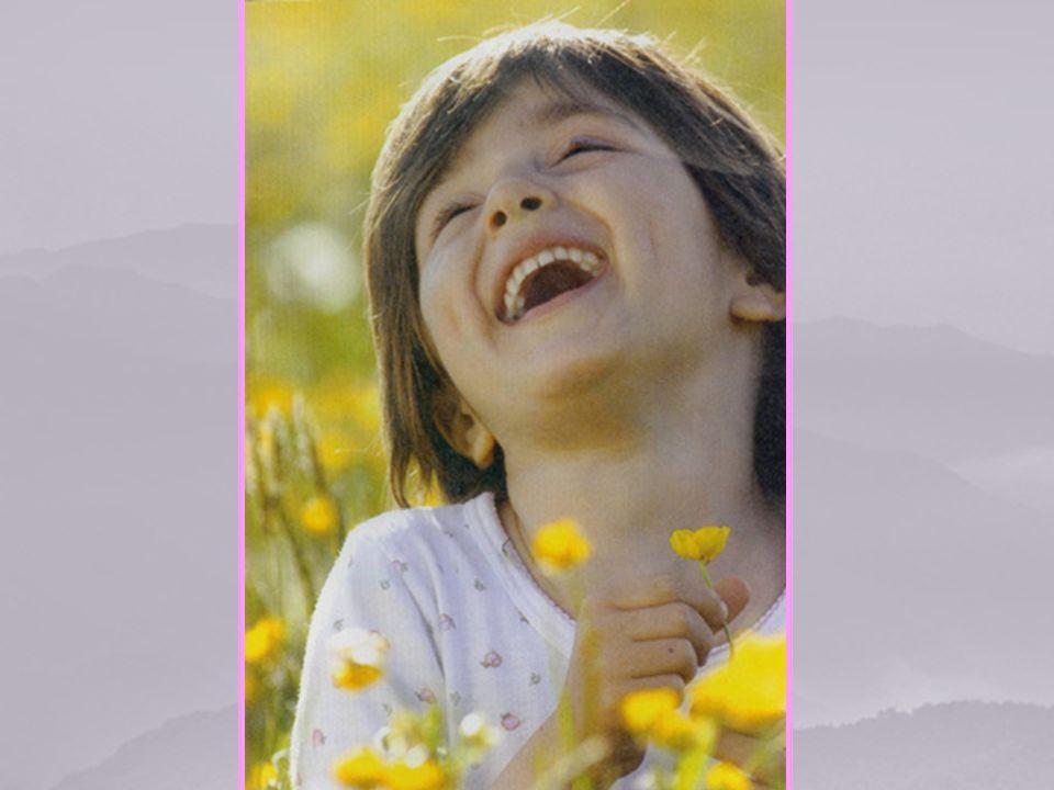 Tu sei presente, Signore, nel cuore della Vergine quando lei canta le tue meraviglie.