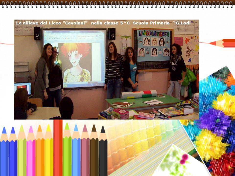 Le allieve del Liceo Cevolani nella classe 5^C Scuola Primaria G.Lodi
