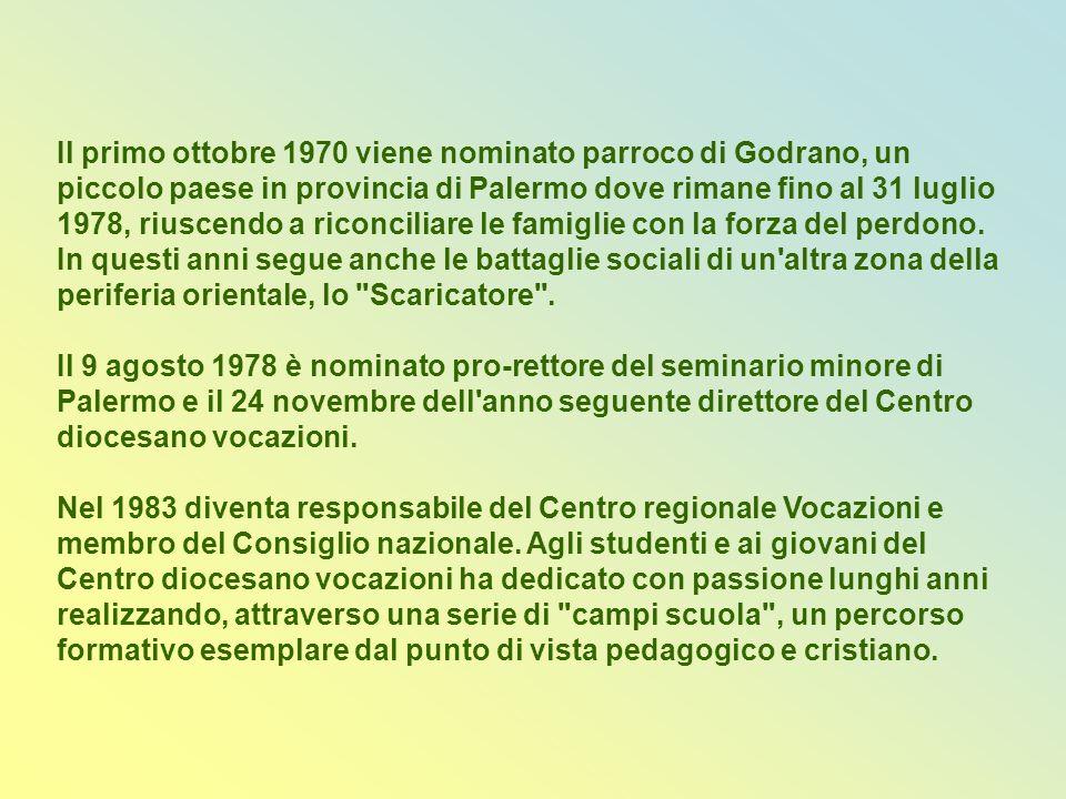 Don Giuseppe Puglisi è stato docente di matematica e poi di religione presso varie scuole.