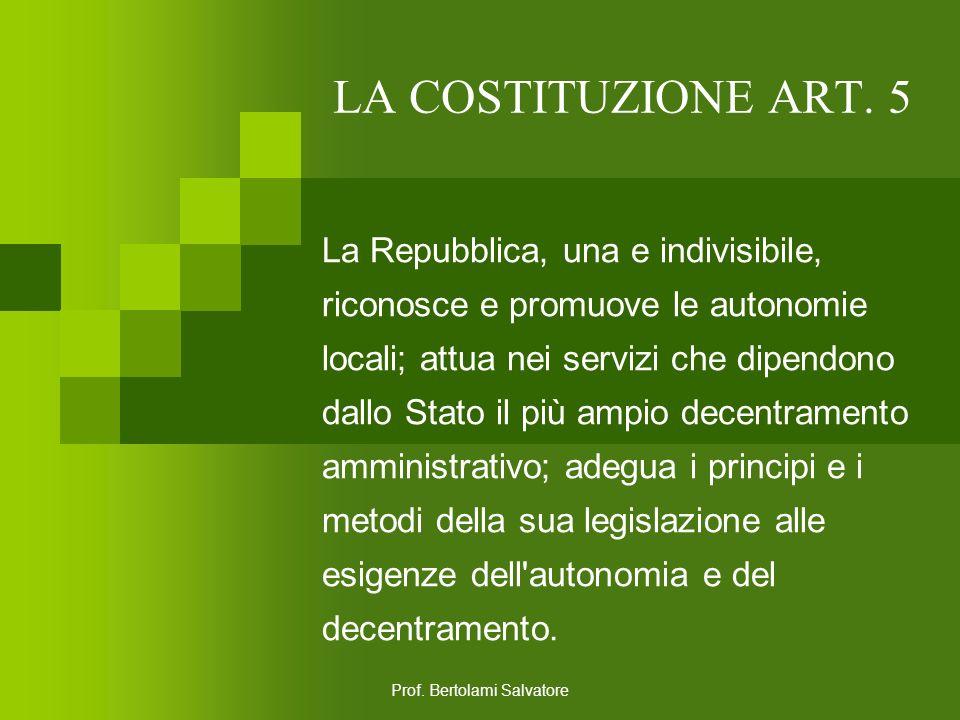 Prof. Bertolami Salvatore LA COSTITUZIONE ART. 4 La Repubblica riconosce a tutti i cittadini il diritto al lavoro e promuove le condizioni che rendano