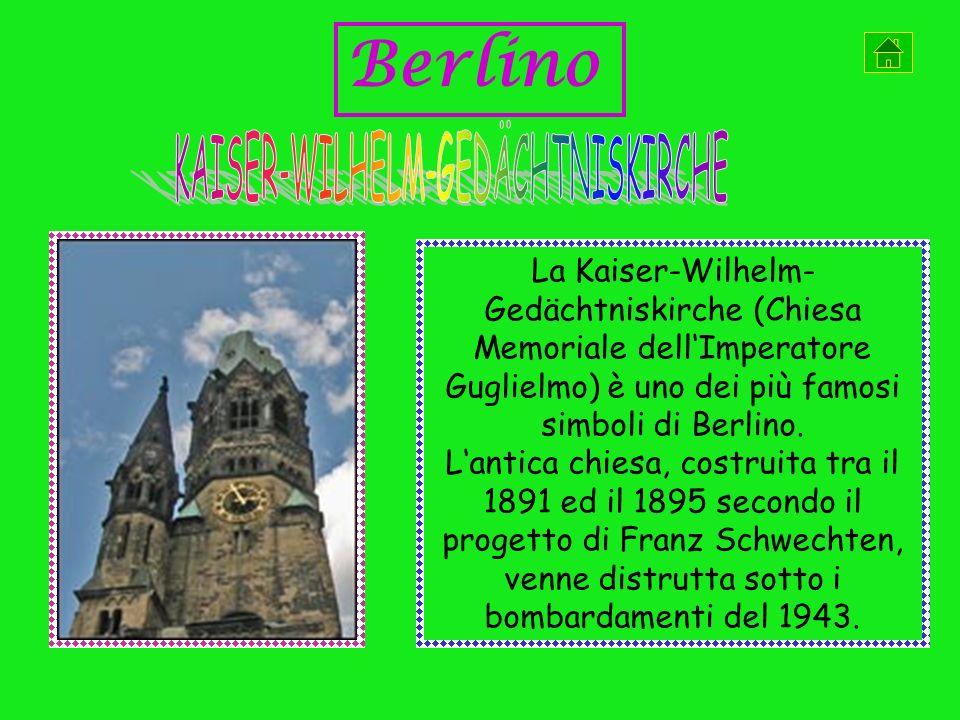 La Kaiser-Wilhelm- Gedächtniskirche (Chiesa Memoriale dellImperatore Guglielmo) è uno dei più famosi simboli di Berlino.