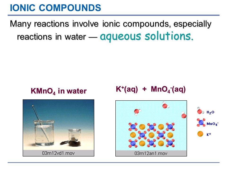 Dissociazione ionica dellacqua La conducibilità elettrica dellacqua è stata spiegata con la presenza di ioni positivi H + e negativi OH - Alcune molecole di acqua hanno subito una dissociazione ionica La concentrazione degli ioni positivi e negativi è la stessa H H O H H O H O H H O H +