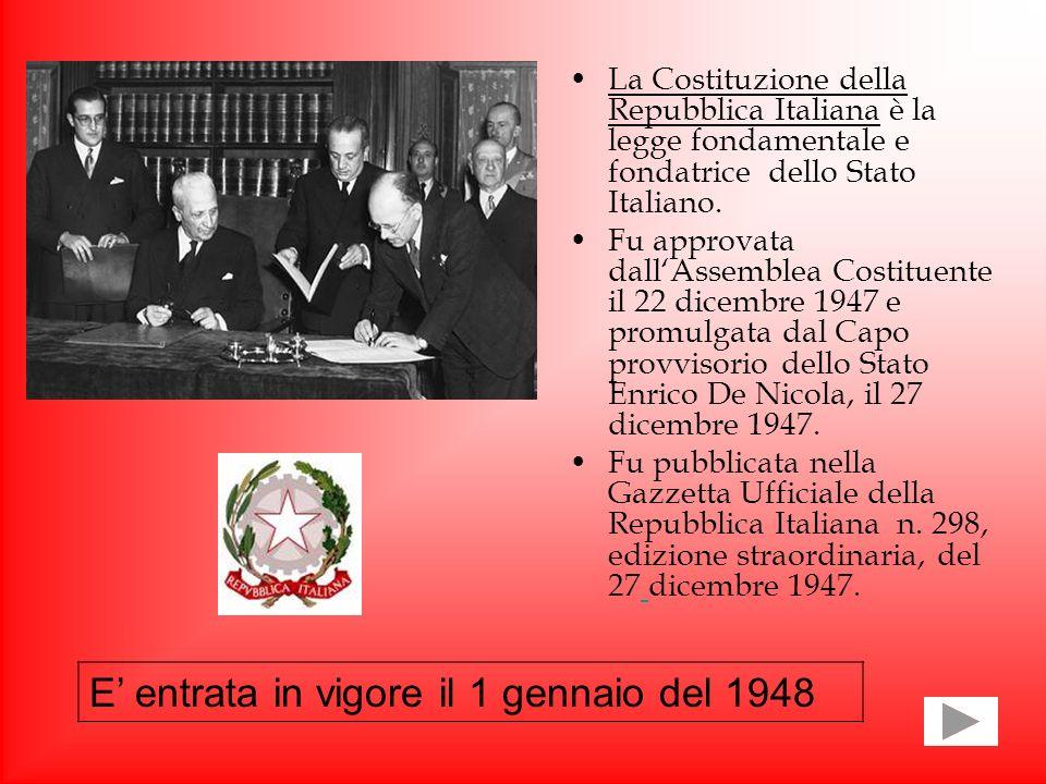 LA COSTITUZIONE ITALIANA Noi ragazzi del II F abbiamo aderito al progetto sulla Costituzione, al fine di avvicinare i giovani di oggi all insieme dei