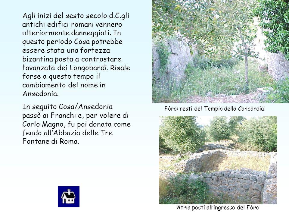 Agli inizi del sesto secolo d.C.gli antichi edifici romani vennero ulteriormente danneggiati.