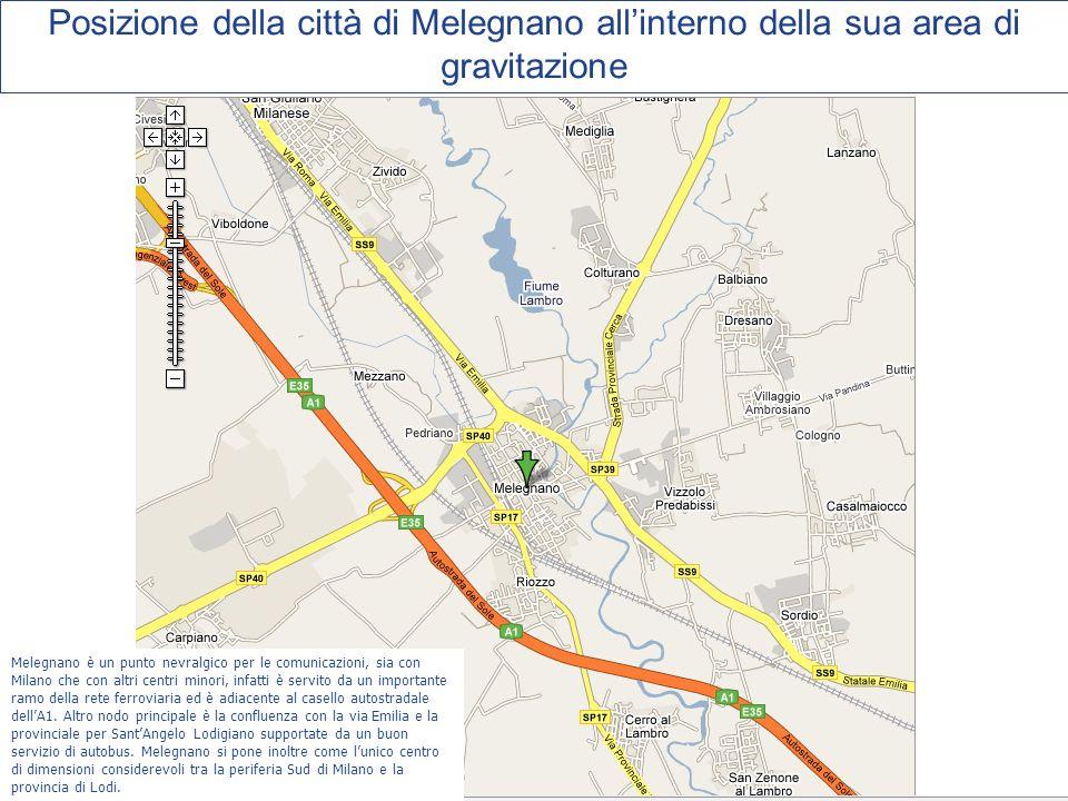 Posizione della città di Melegnano allinterno della sua area di gravitazione Melegnano è un punto nevralgico per le comunicazioni, sia con Milano che con altri centri minori, infatti è servito da un importante ramo della rete ferroviaria ed è adiacente al casello autostradale dellA1.