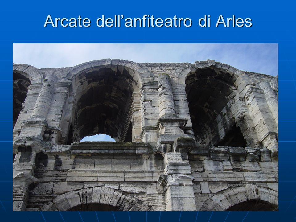 Teatro romano visto da fuori