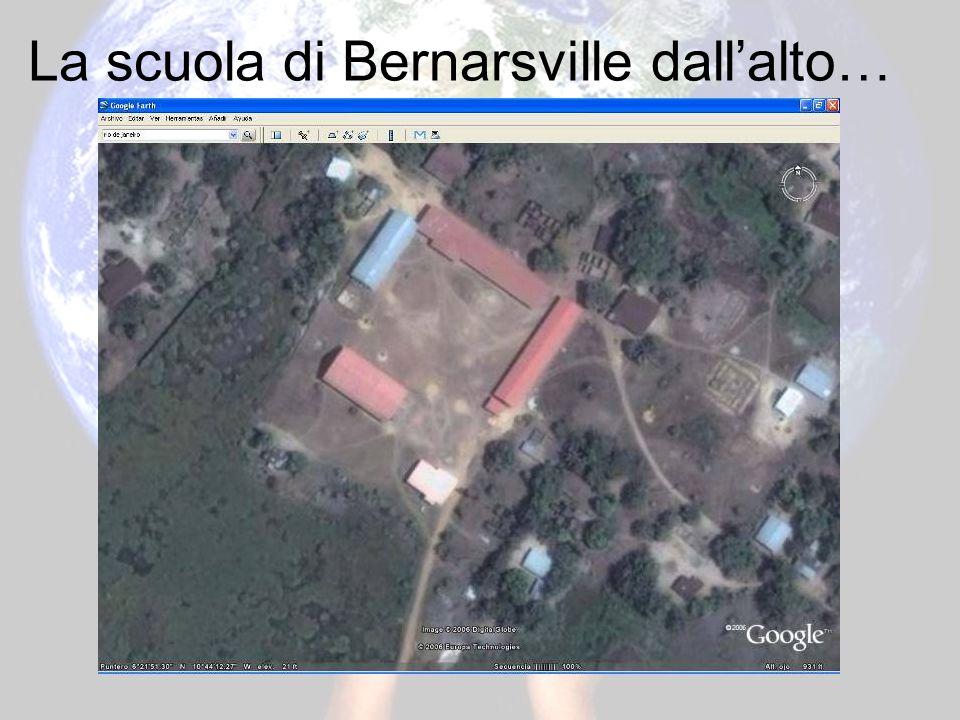Ma dovè questa scuola Nella periferia della capitale Monrovia…