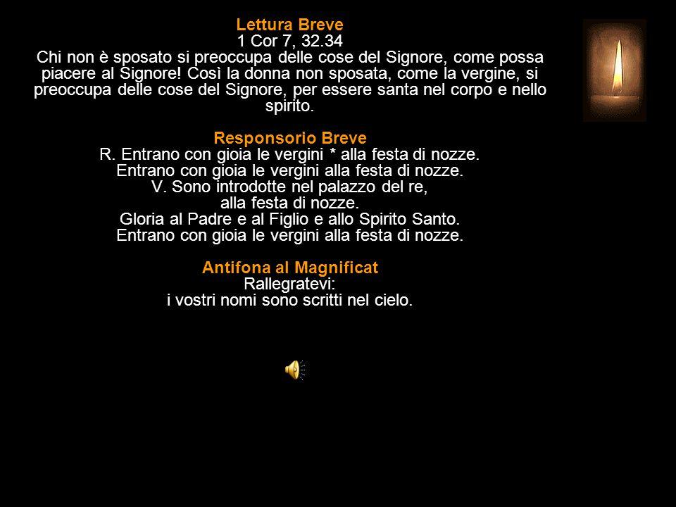 3^ Antifona Gloria a te, Agnello immolato, a te potenza e onore nei secoli.