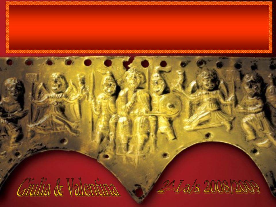 Sui Longobardi prima dellarrivo in Italia sappiamo molto poco: erano un popolo senza scrittura e le nostre informazioni dipendono dai corredi trovati nelle tombe.