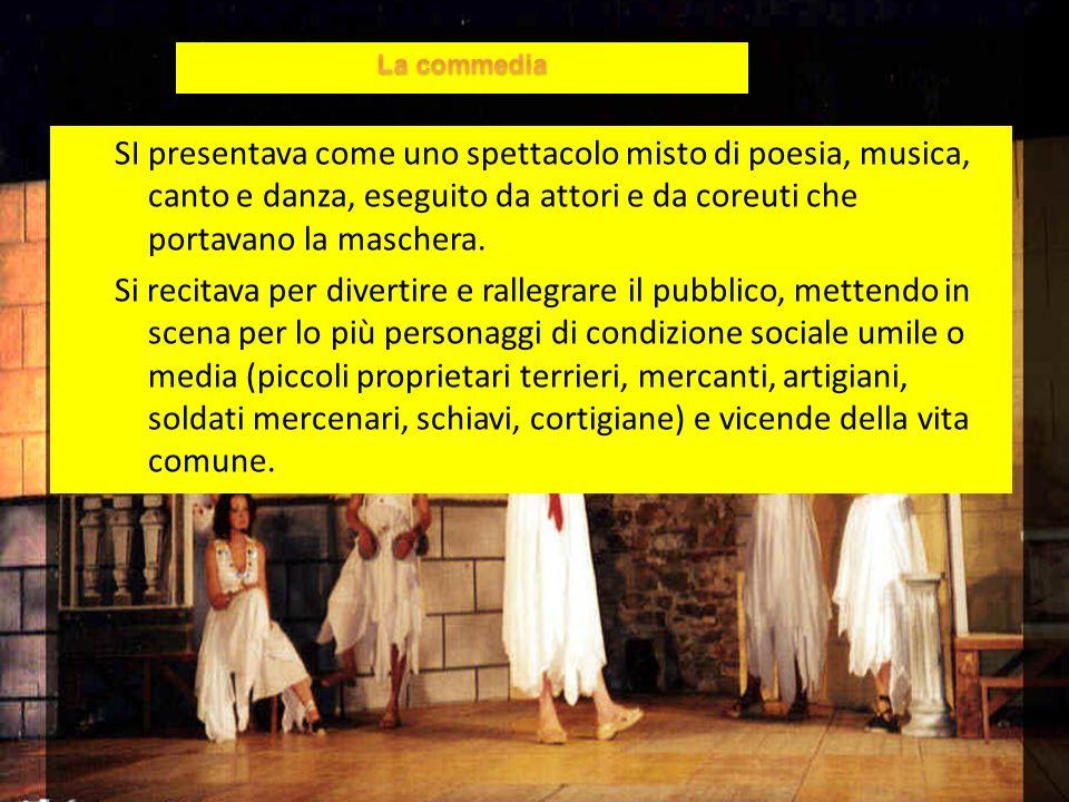 SI presentava come uno spettacolo misto di poesia, musica, canto e danza, eseguito da attori e da coreuti che portavano la maschera.