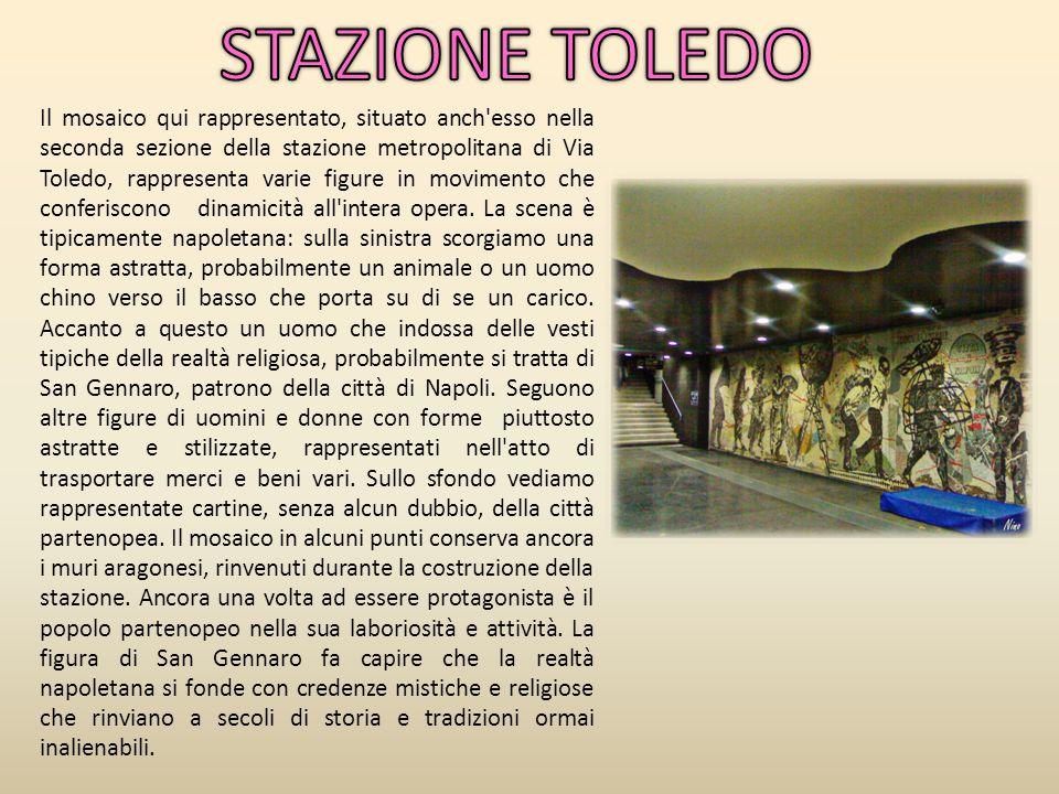 Il mosaico qui rappresentato, situato anch'esso nella seconda sezione della stazione metropolitana di Via Toledo, rappresenta varie figure in moviment