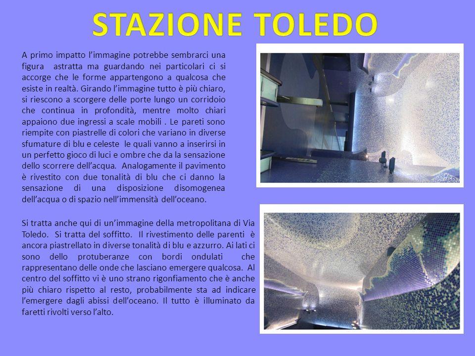 Limmagine raffigura la stazione metropolitana di Piazza Dante.