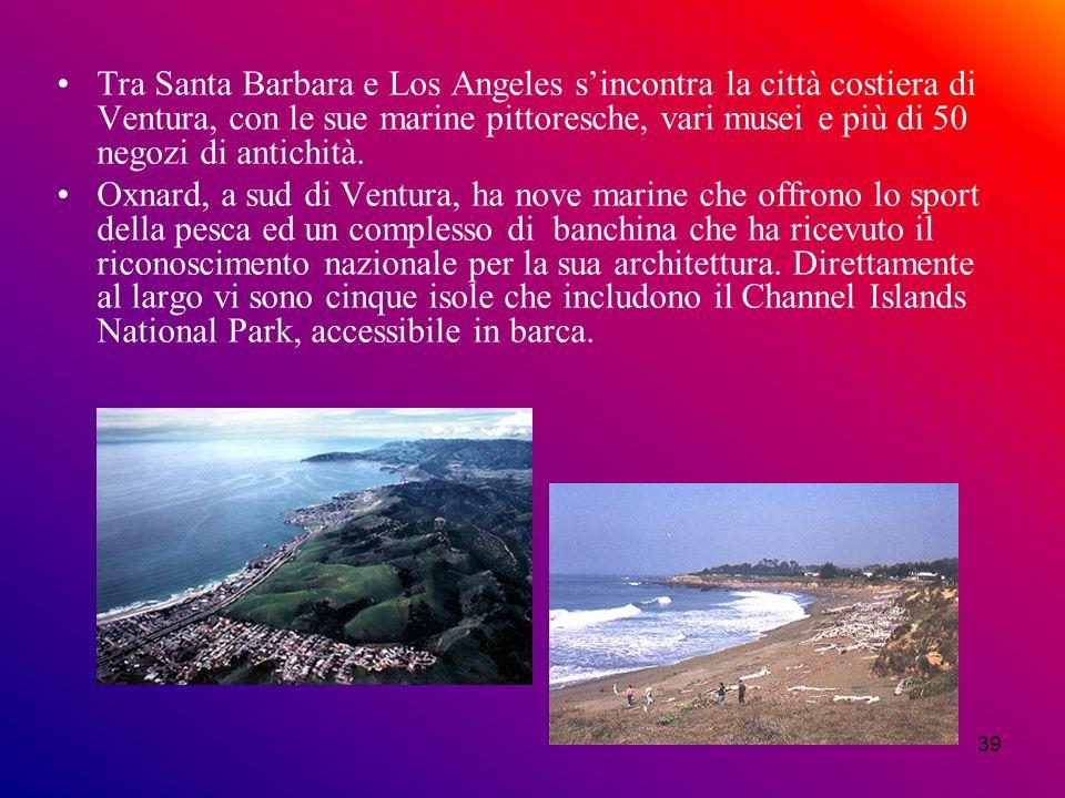 38 A metà strada tra San Francisco e Los Angeles si trova il castello di Hearst costruito sul lato di una montagna in mezzo a 50 ettari di terreni sim