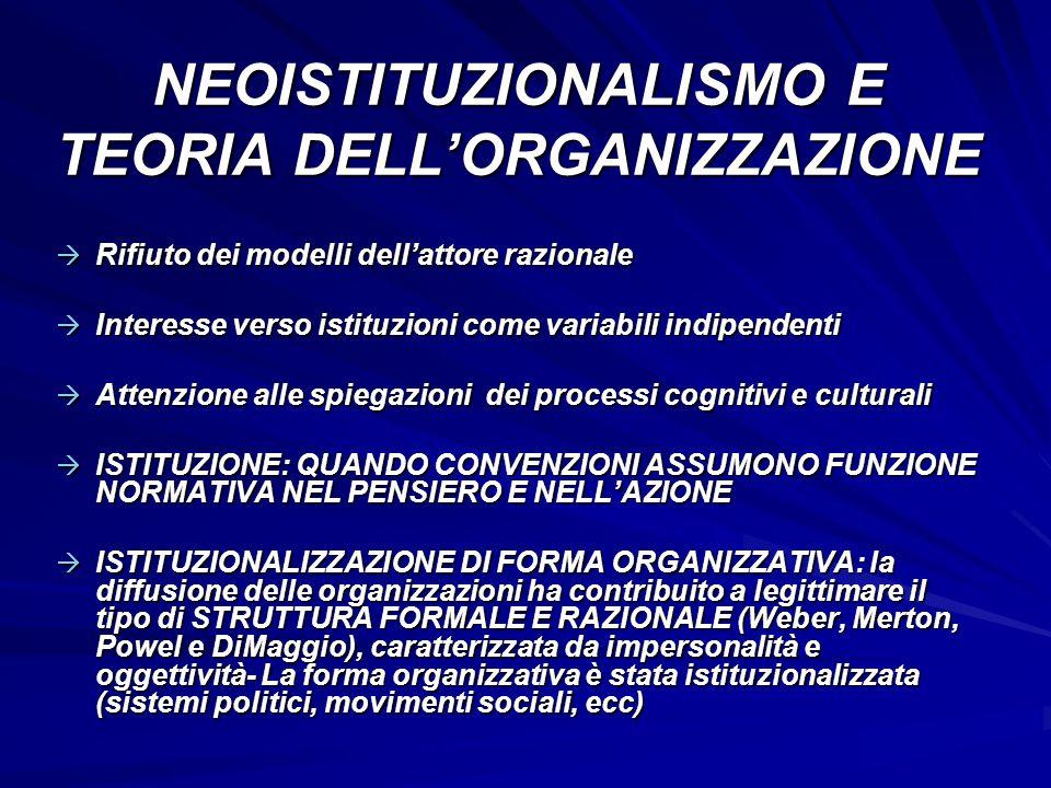 CROZIER E LA RAZIONALIZZAZIONE IL CAPOVOLGIMENTO DELLA PROSPETTIVA DI WEBER - Come per Weber, per Crozier la società moderna va verso una sempre maggiore razionalizzazione - - Per Crozier ciò non significa che le attività umane diventino sempre più burocratiche nel senso popolare di disfunzione del termine, ma che queste attività vengono sempre più svolte da organizzazioni formali de-burocratizzate (flessibili, decentrate, capaci di auto- correzione dallinterno) = 2 FATTORI DI SVILUPPO: 1.