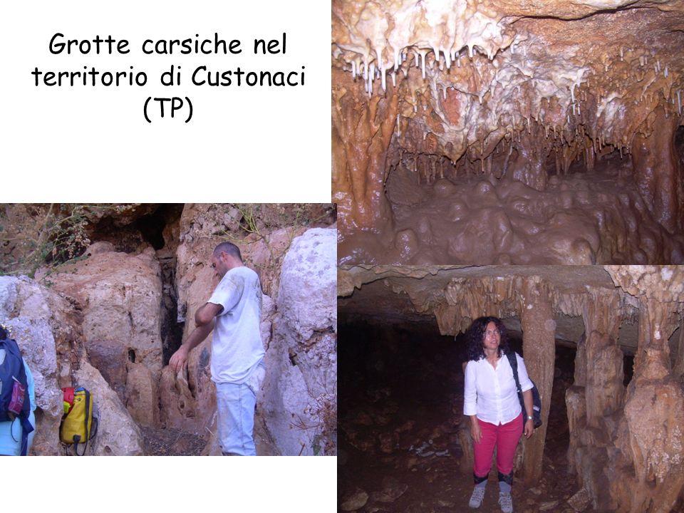 Grotte carsiche nel territorio di Custonaci (TP)