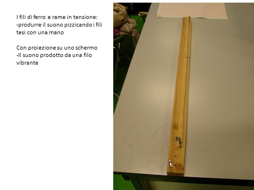 Campanelli a bastoni di bamboo di diversa lunghezza (laltezza del suono) Campanelli/sonagli a cilindretti di alluminio di diversa lunghezza – Lo scaccia pensieri (laltezza del suono)