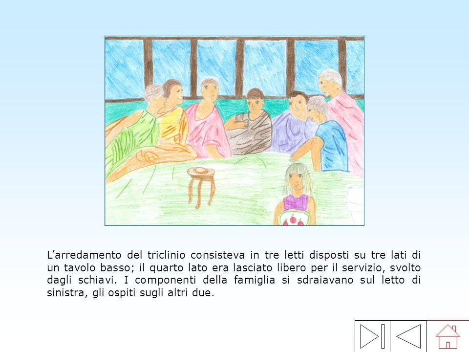 Su un altare dove era stato bruciato lincenso, gli animali venivano sacrificati secondo un preciso rituale. Dallesame dei visceri delle vittime, gli a
