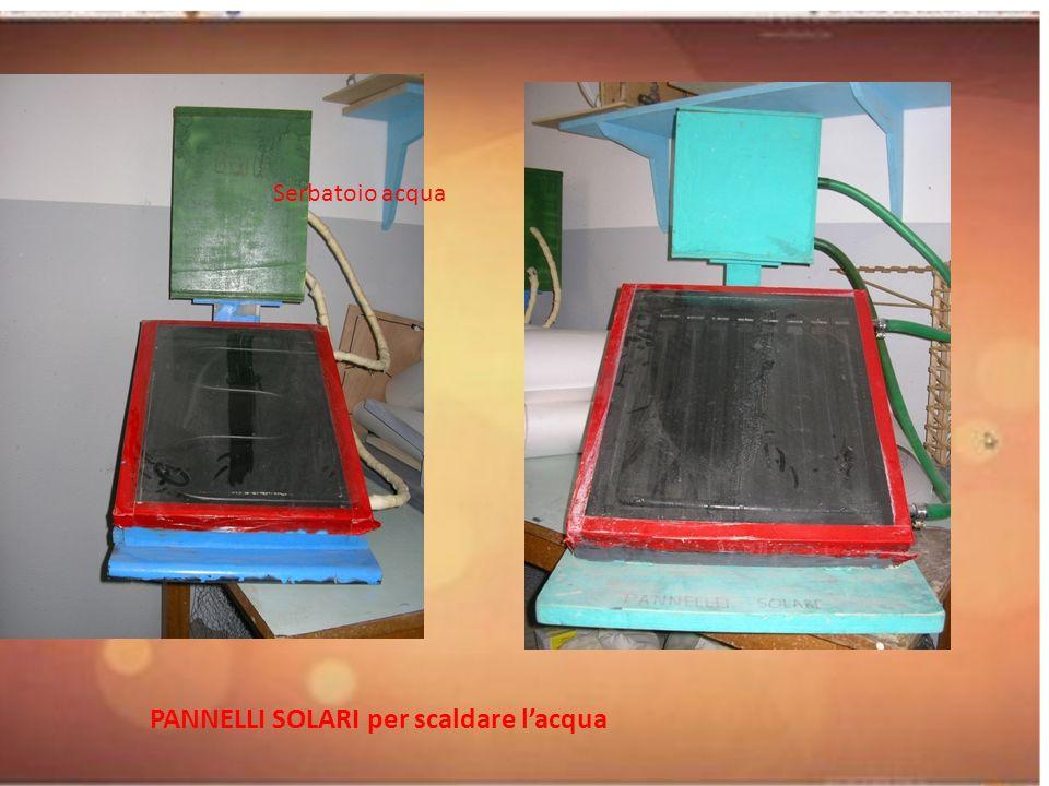 PANNELLI SOLARI per scaldare lacqua Serbatoio acqua