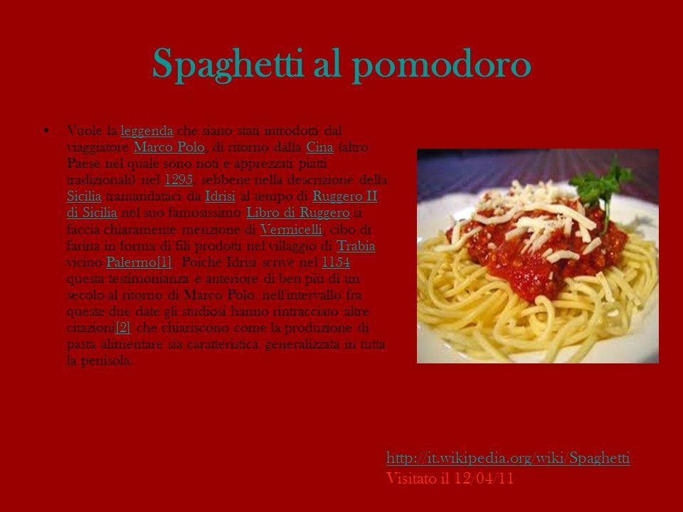 Teatro e cinema Gli spaghetti sono i memorabili comprimari di una gag della commedia Miseria e nobiltà (di Edoardo Scarpetta), interpretata anche per il cinema da Totò, nella quale a un certo punto finiscono nelle tasche del misero protagonista che, dovendoli nascondere, li mette al sicuro nella giacca.Miseria e nobiltàEdoardo Scarpettacinema Totò Ugualmente, un piatto di spaghetti è protagonista in una celeberrima e comica sequenza del film Un americano a Roma, con un giovane Alberto Sordi in versione yankee alle prese però con un italianissimo piatto extra-large di spaghetti (molto) conditi al pomodoro:Un americano a RomaAlberto Sordiyankee « Maccarone, m hai provocato e io ti distruggo adesso, maccarone.