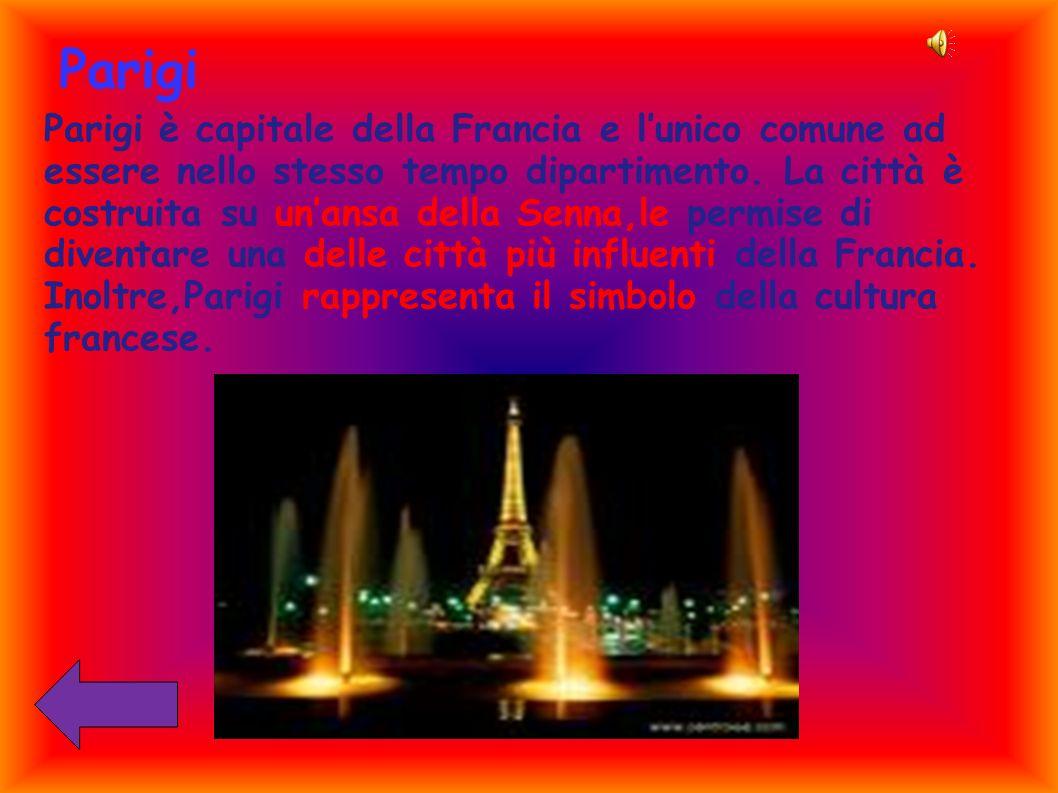 Parigi Parigi è capitale della Francia e lunico comune ad essere nello stesso tempo dipartimento. La città è costruita su unansa della Senna,le permis