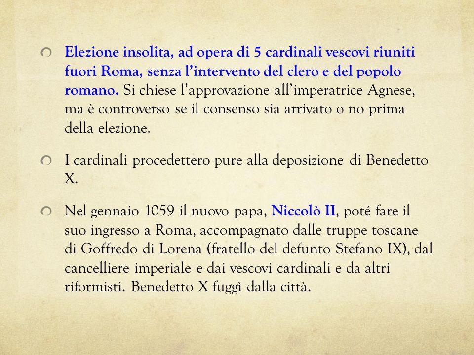 Elezione insolita, ad opera di 5 cardinali vescovi riuniti fuori Roma, senza lintervento del clero e del popolo romano. Si chiese lapprovazione allimp