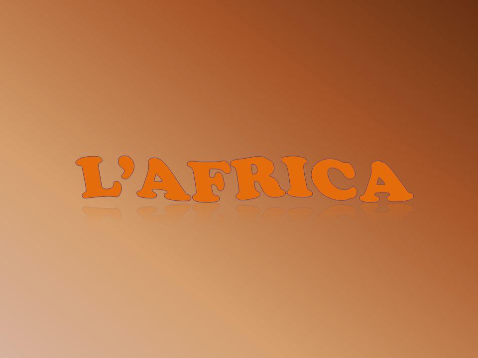 LAfrica è un continente con una forma triangolare ed è tagliata a metà dallequatore.