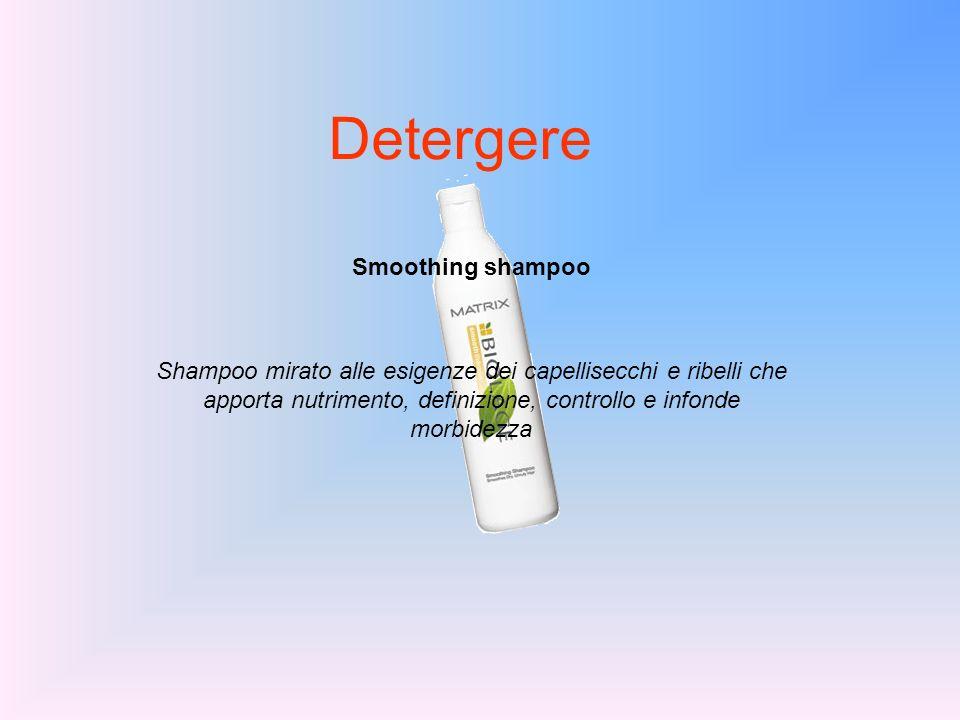 Detergere Smoothing shampoo Shampoo mirato alle esigenze dei capellisecchi e ribelli che apporta nutrimento, definizione, controllo e infonde morbidez