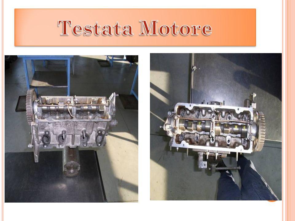 Portare il pistone 1 e 4 al PMS e 2 e 3 al PMI, bilanciare le valvole sul 4° cilindro e posare la testata sul monoblocco.