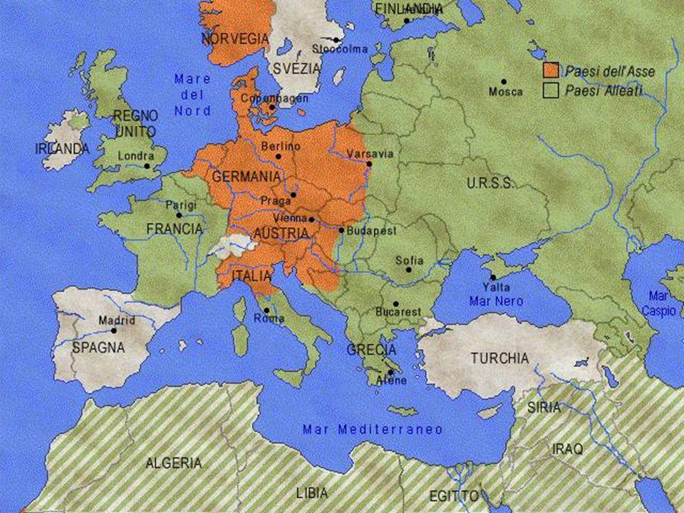 GUERRA LAMPO che permette di superare la linea Maginot (le trincee sul confine orientale) conquistando gli stati neutrali del Belgio,Olanda e Lussemburgo http://www.youtube.com/watch?v=8wh2flfffoM http://www.youtube.com/watch?v=ZZ_AAgCu8U0 4 giugno le armate inglesi si imbarca a Dunkerque per far ritorno in Inghilterra 10 giugno Mussolini dichiara guerra alla Francia già sconfitta 14 giugno resa della Francia firmata dal generale Petain : Francia occupata dai nazisti, Parigi e la zona atlantica; Francia collaborazionista si forma un governo filonazista a Vichy nella zona mediterranea; Francia libera,proclamata la resistenza dal generale C.