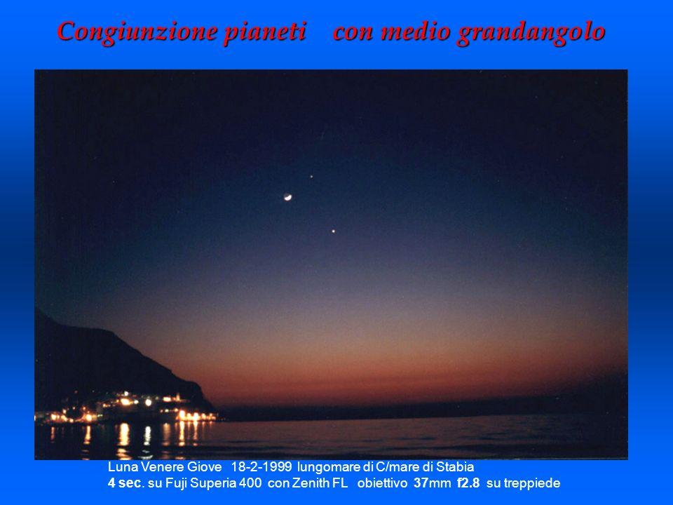 Congiunzione pianeti con medio grandangolo Luna Venere Giove 18-2-1999 lungomare di C/mare di Stabia 4 sec. su Fuji Superia 400 con Zenith FL obiettiv