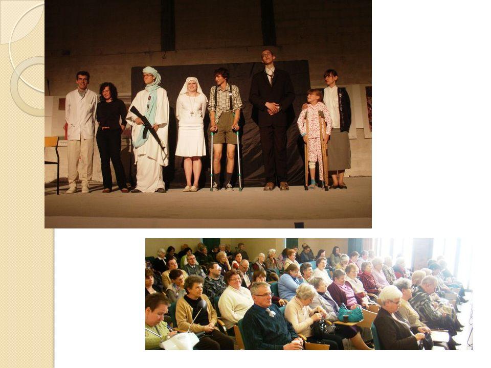 Ogni anno partecipano agli esercizi spirituali nella casa dei Silenziosi Operai della Croce a Głogów, dove hanno anche la possibilita del servizio di fisioterapia.