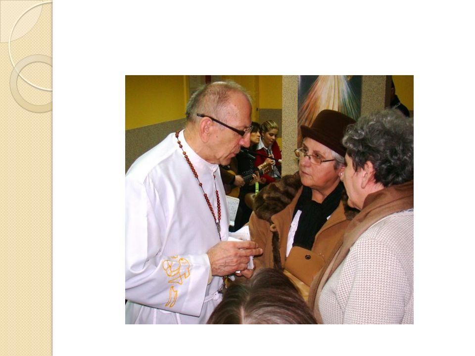 4 volte allanno vengono organizzati pellegrinaggi nazionali ai vari santuari, alcuni altri incontri e ritiri mensili.