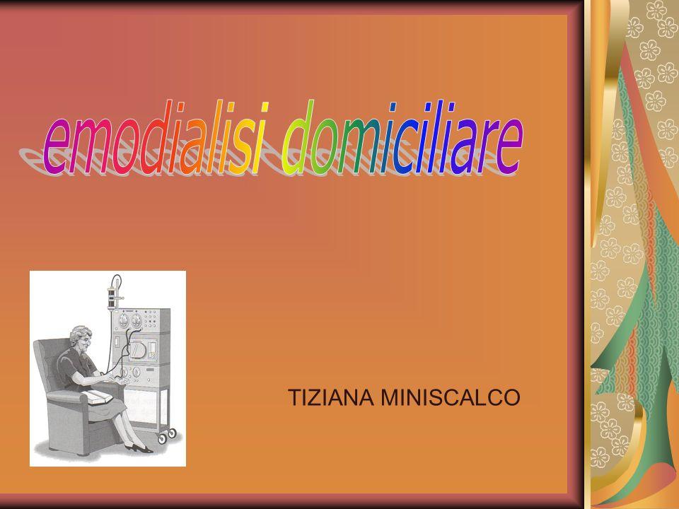 Trattamento acqua ( medico) Preparazione di una seduta Emodialitica ( infermiera) L eparinizzazione ( infermiera) Accessi vascolari e norme perla Veno puntura (medico ed infermiera) Descrizione di una dialisi normale principali parametri sorvegliati in corso di dialisi (pressione venosa,tmp,flusso ematico, etc.) (infermiera) Incidenti in corso di dialisi (infermiera) Chiusura della dialisi (infermiera) L anemia in dialisi (medico)