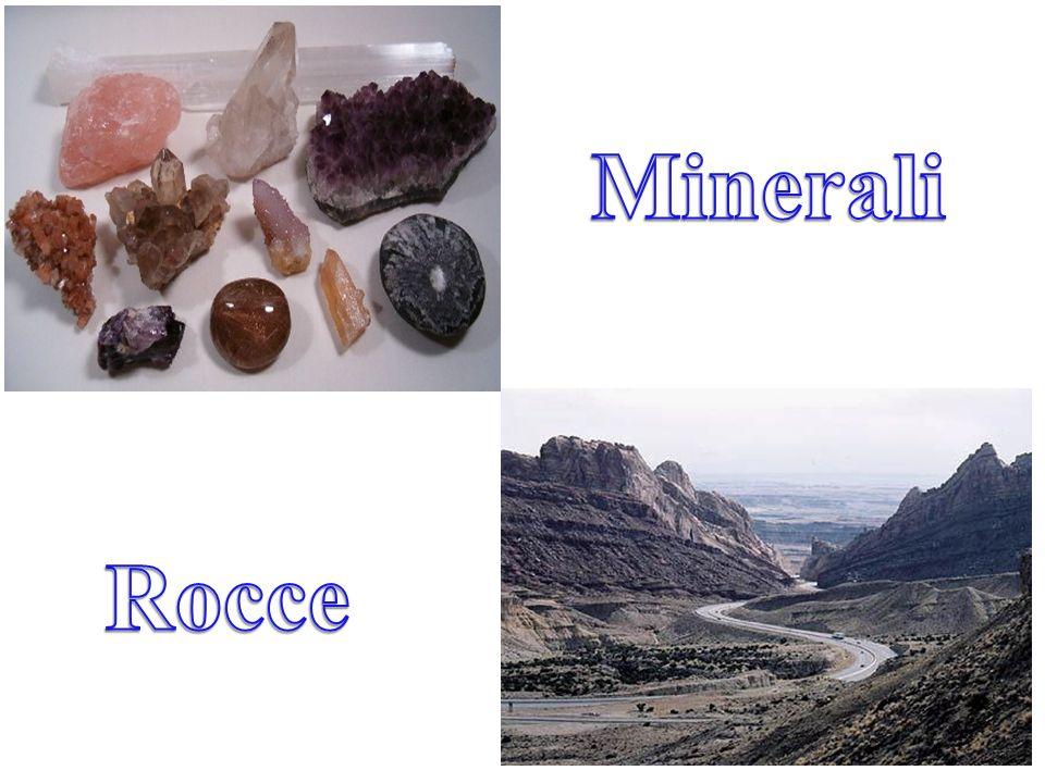 I silicati sono i costituenti presenti con più del 90% della crosta terrestre.