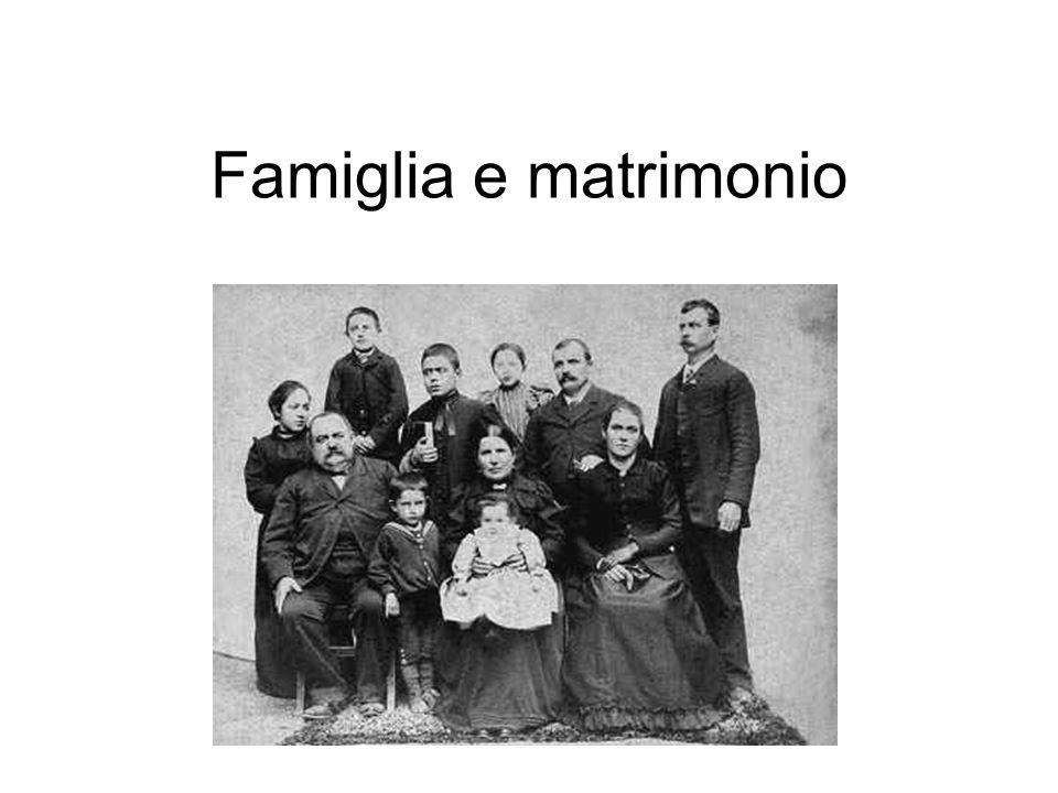 Parentela e discendenza Discendenza cognatica Discendenza unilineare Discendenza patrilineare - patrilinearità Discendenza matrilineare - matrilinearità Parentado Clan