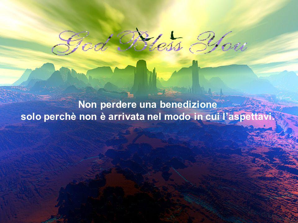 Luomo gridò:, Dio ho bisogno del tuo aiuto! E una slide lessi con buone notizie e dellincoraggiamento.