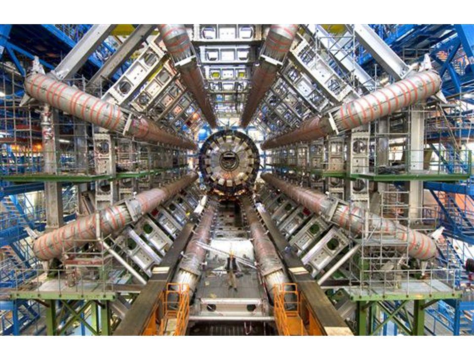 Per ogni nuclide radioattivo si definisce un tempo di dimezzamento, come il tempo necessario a dimezzarne una qualsiasi quantita attraverso il decadimento in oggetto I tempi di dimezzamento possono variare da frazione di secondo a miliardi di anni E questo il problema principale delle centrali nucleari a fissione, che producono scorie radioattive con tempi di dimezzamento di parecchie centinaia o addirittura migliaia di anni