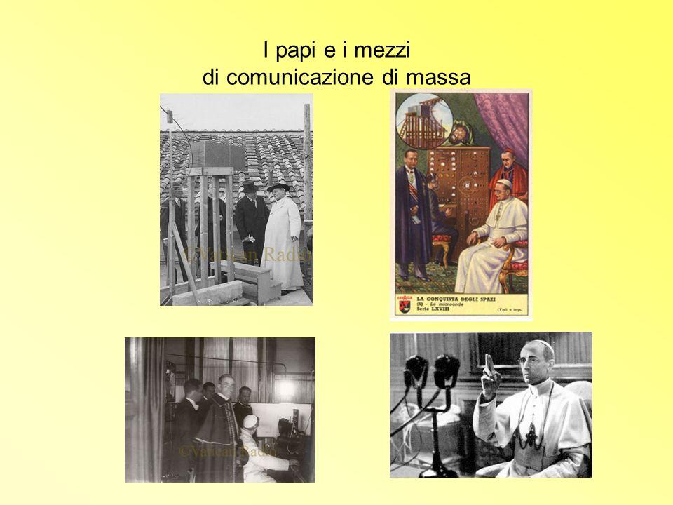 I papi e i mezzi di comunicazione di massa