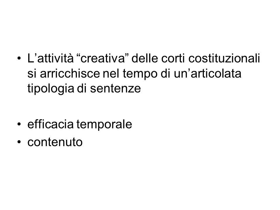 Con l ordinanza indicata in epigrafe, il Tribunale Amministrativo Regionale del Lazio dubita, in riferimento agli artt.