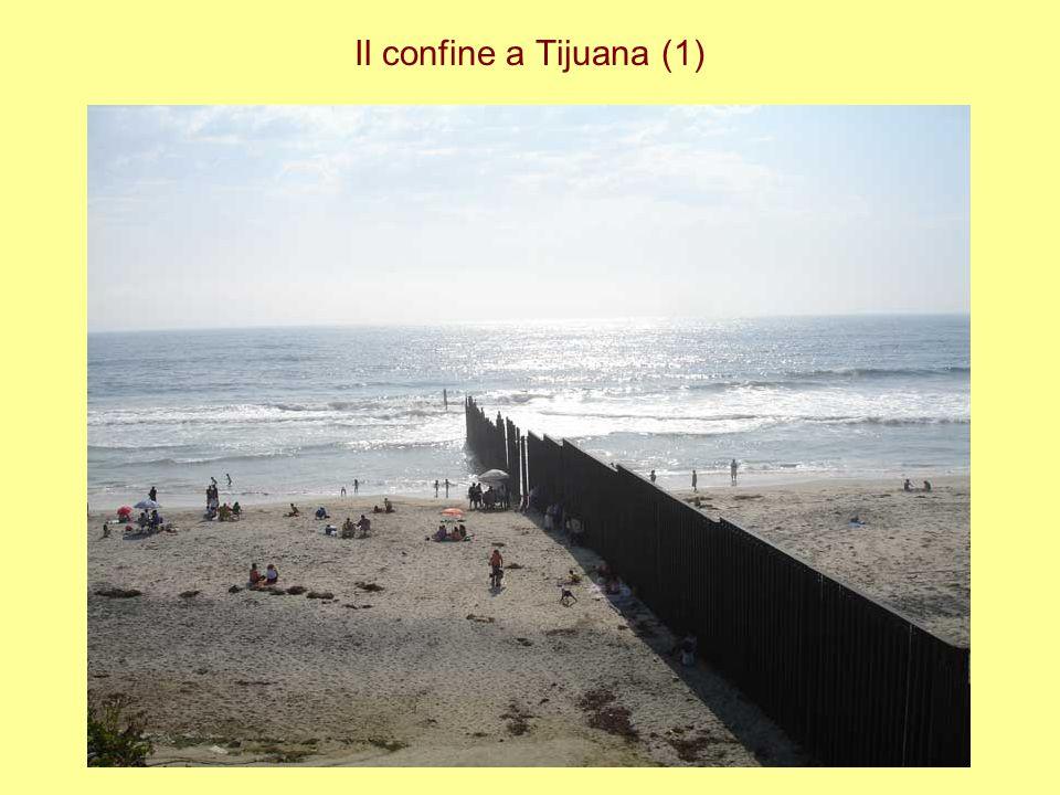 Il confine a Tijuana (1)