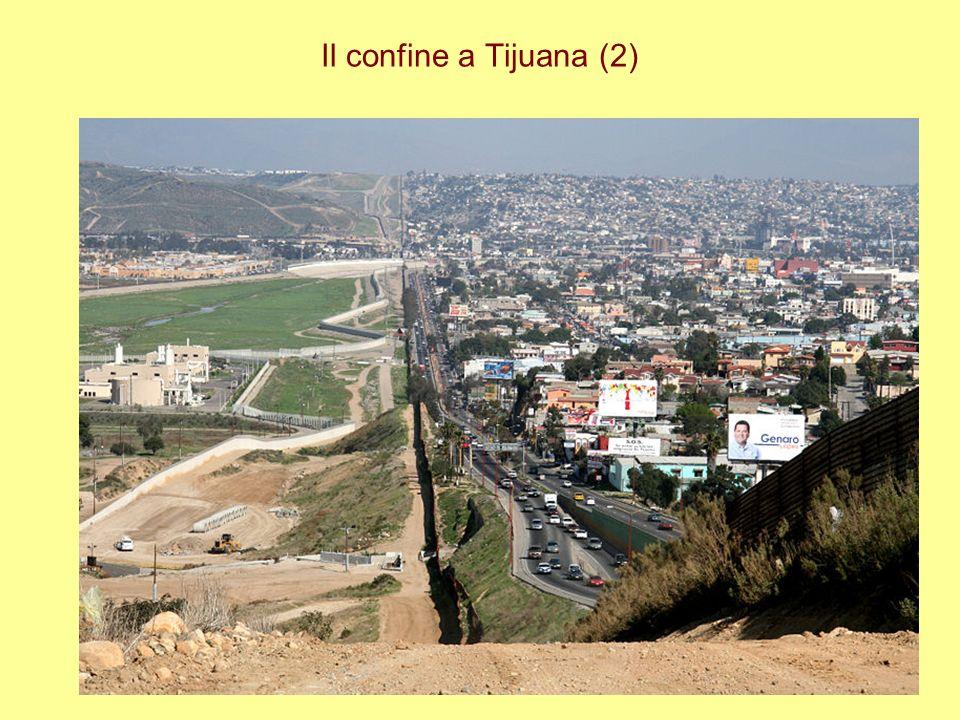 Il confine a Tijuana (2)