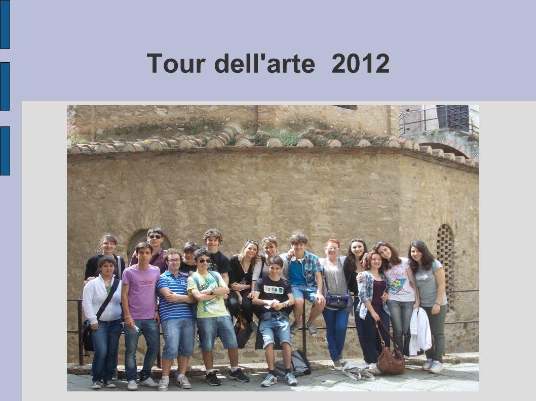 La nostra esperienza Lo scorso Giugno ci siamo recati a Noli ed Albenga per visitare importanti chiese: San Paragorio nella prima, Cattedrale e Battistero nella seconda.