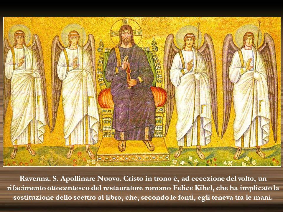 Ravenna. S. Apollinare Nuovo. Cristo in trono è, ad eccezione del volto, un rifacimento ottocentesco del restauratore romano Felice Kibel, che ha impl