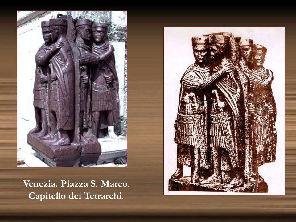 Venezia. Piazza S. Marco. Capitello dei Tetrarchi.