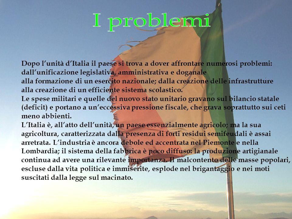 Fu lo statuto adottato dal Regno sardo-piemontese il 4 marzo 1848 Il 17 marzo 1861, con la fondazione del Regno d Italia, divenne la carta fondamentale della nuova Italia unita e rimase formalmente tale fino all entrata in vigore della Costituzione della Repubblica italiana, il 1º gennaio 1948 Primo esempio di costituzione breve.