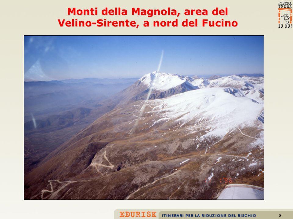 9 Faglia della media valle dellAterno-Valle Subequana, settore settentrionale (panoramica da Tione degli Abruzzi)