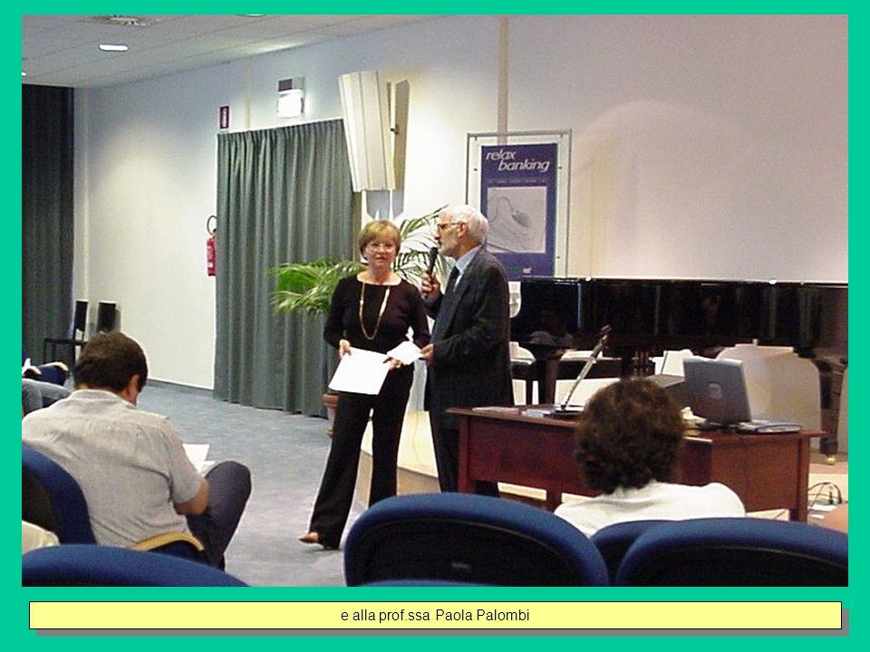 La prof,ssa Palombi illustra il progetto Tirocini Aziendali e i risultati del monitoraggio effettuato sugli studenti partecipanti e sulle Aziende coinvolte