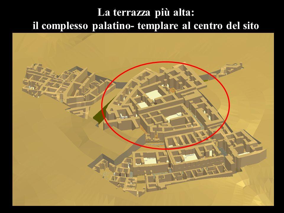 La terrazza più alta: il complesso palatino- templare al centro del sito