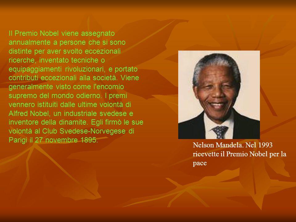 Il Premio Nobel viene assegnato annualmente a persone che si sono distinte per aver svolto eccezionali ricerche, inventato tecniche o equipaggiamenti
